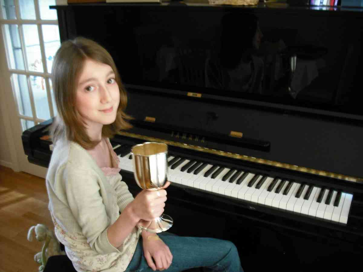 Northwood-Hills piano student