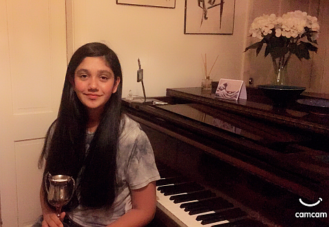 Image of Lilah from Pinner with her piano certificate