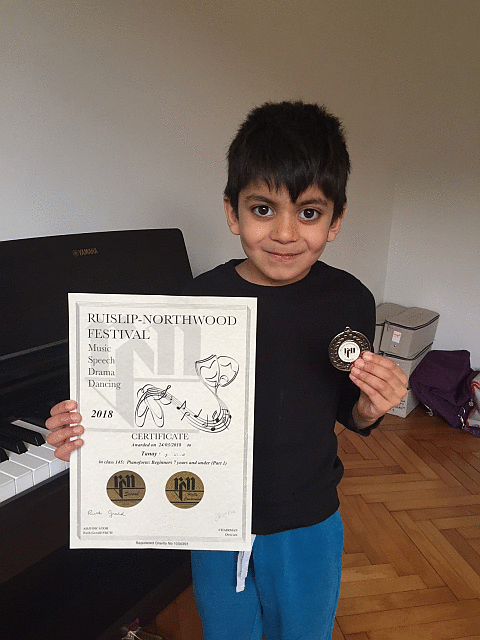 Image of Tanay from Pinner with his certificate